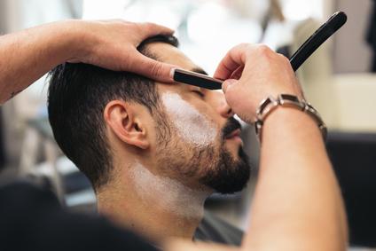 Taille de barbe au coupe choux